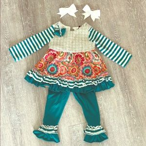 2T Ruffle Boutique Outfit w. Bows
